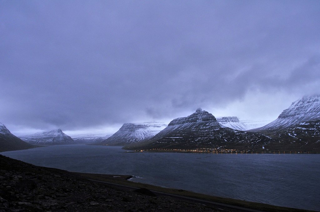 fjord-du-nord-ouest-aux-alentours-de-midi-modifie-1.jpg